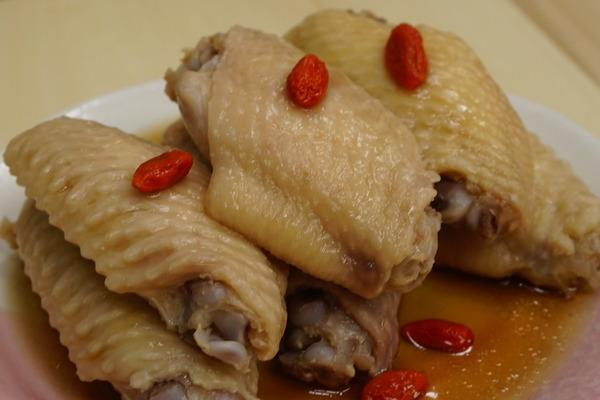 【雞翼食譜】陣陣酒香味 簡易嫩滑醉雞翼