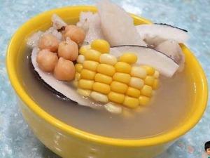 潤肺健脾、養顏護膚!靚媽教煲「印度椰子鮮淮山瘦肉湯」