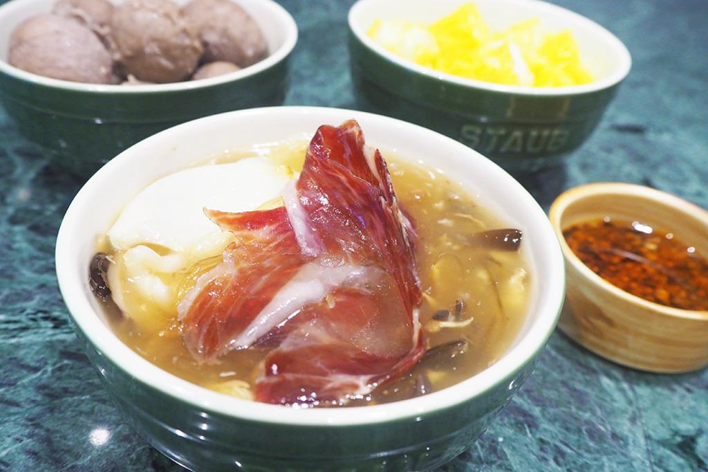 觀塘工廈食材店新開張 歎魚肉燒賣+花膠碗仔翅