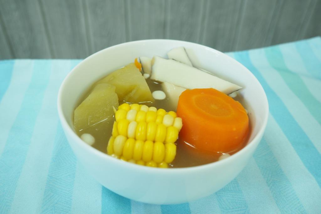 【健康食譜】初秋滋潤湯水! 清熱潤肺+美肌養顏 清甜合掌瓜椰子湯