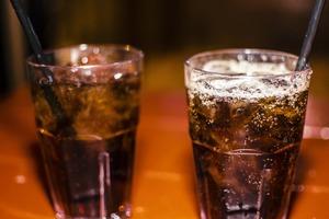 飲無糖汽水或致中毒