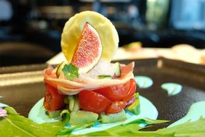 銅鑼灣日式fusion菜Art Menu以花入饌