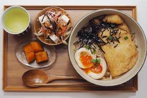西環素食Cafe賣日式蔬食家庭料理