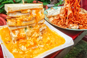 這款芝士瀑布半熟蛋吐司是近期大熱的台灣早餐,打卡呃Like一流!