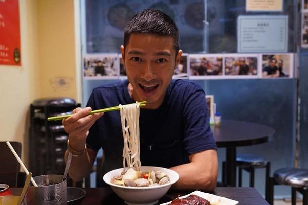【尖沙咀美食】尖沙咀新記餐廳  招牌豬頸肉芝士撈丁/蜜汁龍鬚