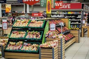 【超市格價】做個精明消費者!評比全港兩大超市盒裝牛奶價錢