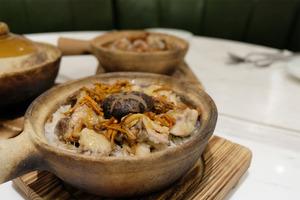 灣仔來佬餐館新出兩款素食煲仔飯+滋潤特飲
