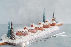 紅磡酒店推白色聖誕主題自助餐:精緻聖誕甜品/環球冰鎮海鮮