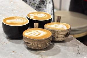 觀塘手作陶瓷Cafe歎精品咖啡+拉坯/手捏陶瓷工作坊