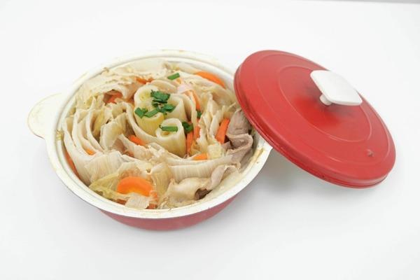 【日式食譜】冬天暖笠笠簡易食譜  日式雜菜豬肉鍋