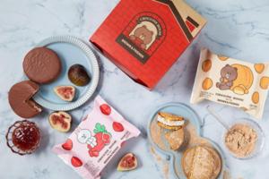 韓國ORION「情」棉花糖朱古力批跟韓國LINE FRIENDS Store推出限定LINE FRIENDS麻糬朱古力批,有熊大Brown和兔兔Cony兩款包裝,可買來當做韓國手信。