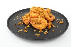 【中式食譜】新手都變大廚!4步完成惹味蒜香黃金蝦