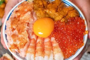 台北「魚君 さかなくん 鮮魚專門居酒屋」魚生丼