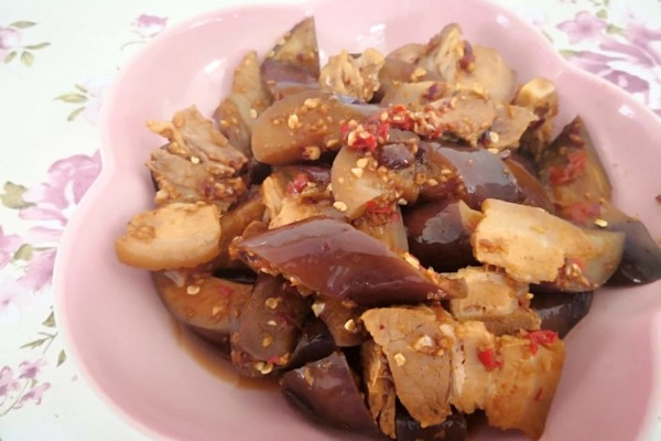 【中式食譜】涼拌香辣茄子