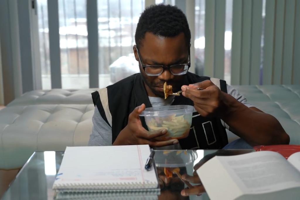 【翻熱食物】男大學生翻叮隔夜意粉食物中毒猝死 含蠟樣芽孢桿菌引致肝衰竭