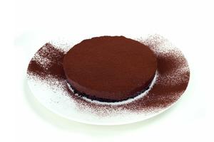 【蛋糕食譜】情人節禮物驚喜之選  甜蜜蜜免焗三重朱古力慕絲蛋糕