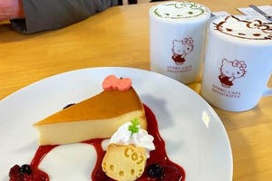 日本北海道Hello Kitty Cafe